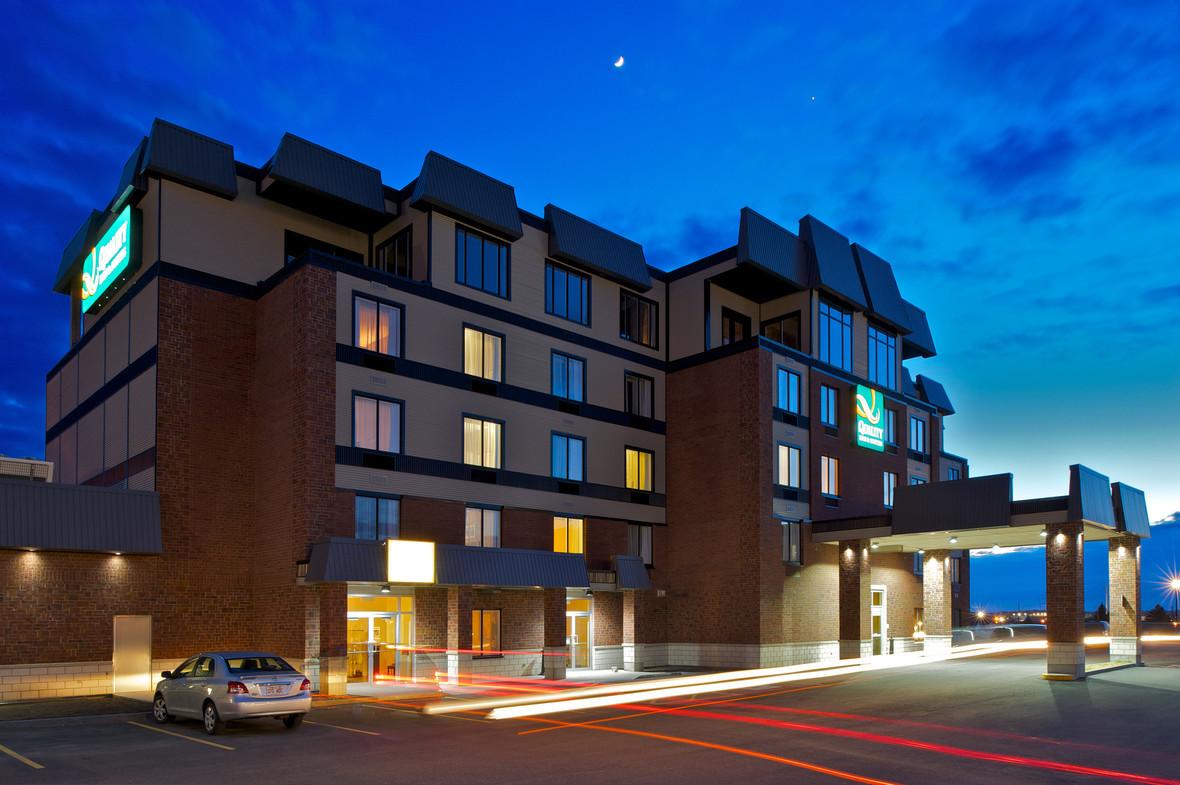 Photo: Hôtel Quality Inn & Suites